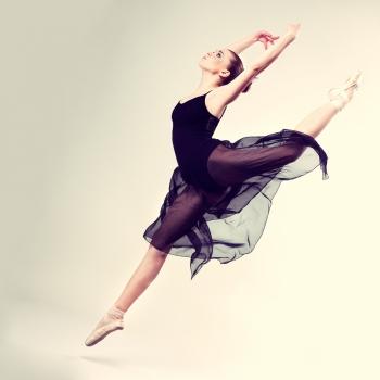 Dia do Bailarino(a)